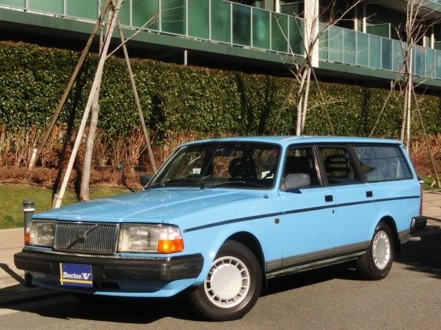 1988(S63)年 ボルボ 240ワゴン D車 左H GL メッキモール・クリアレンズ仕様 88年スモールウィンドウ