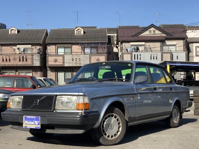 1993(H05)年 ボルボ 240セダン D車 右H 最終型TACK 委託販売中