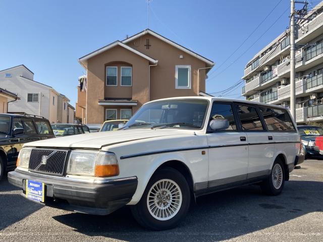 1991(H03)年 ボルボ 240ワゴン D車 右H 入庫点検中! 当店買取車