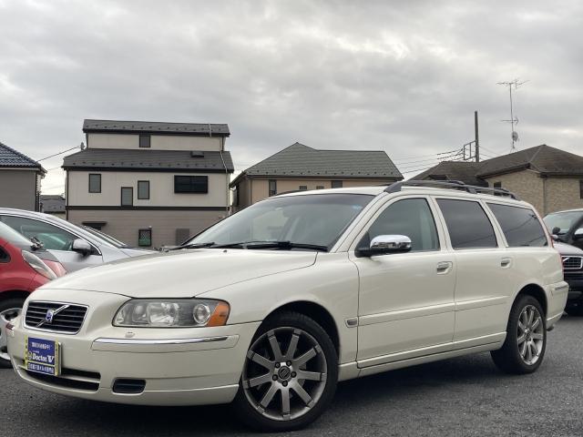 2006(H18)年 ボルボ V70Ⅱ D車 右H 限定車 2.5T ホワイトパール 当店買取車